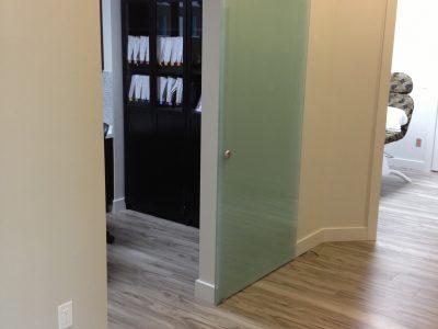 lougheed laser clinic, persimmon vinyl, coquitlam