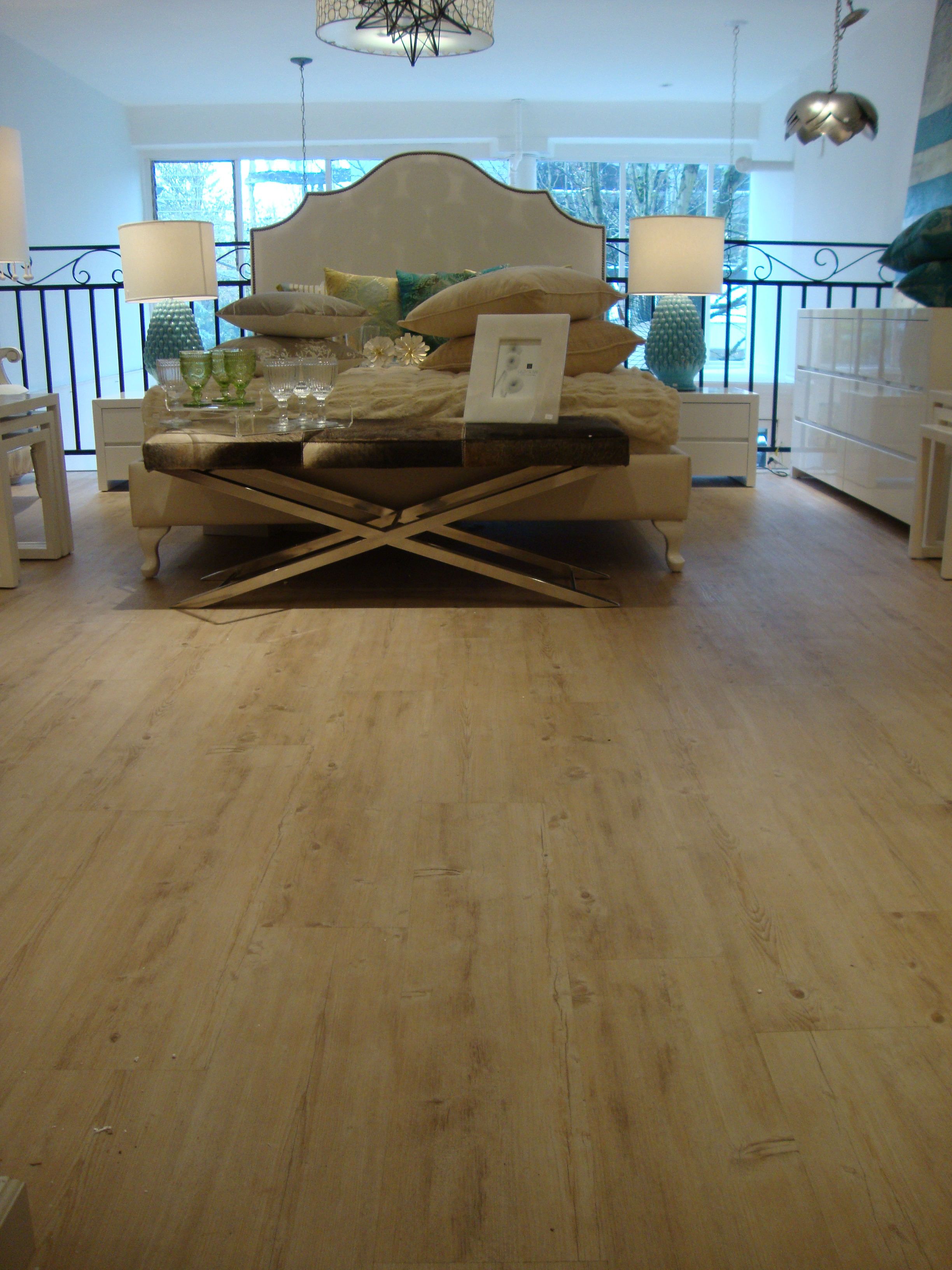 Peridot vancouver welcomes new eco floors eco floor store for Eco floor